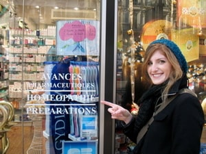 HSI graduate at the Avances Pharmaceutique Homeopathic pharmacy in Paris, France